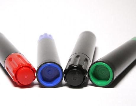 Marcador permanente, varios colores